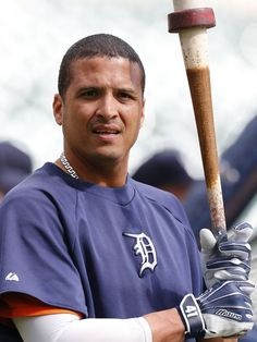 Report: Victor Martinez aims for four-year contract