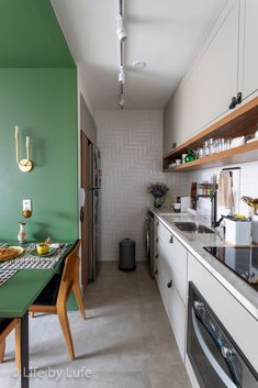 Scandinavian Style Home, Scandi Home, Cocinas Chocolate, Apartment Living, Living Room, Home Office Space, Kitchen Decor, Sweet Home, Kitchen Cabinets
