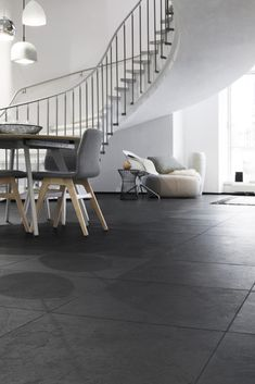 Greyhound Black Slate Natural Stone – AlphaStone Source by alpha_stone Composite Flooring, Slate Flooring, Kitchen Flooring, Black Slate Floor, Modern Scandinavian Interior, Stone Interior, Stone Kitchen, Floor Design, Home And Living