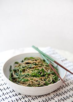 kale noodle bowl with avocado miso dressing – A House in the Hills