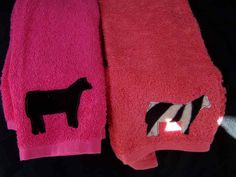 i have always wanted to do this on the towels but i want it stiched on! Showing Cattle, Pig Showing, Showing Livestock, Country Outfits, Country Girls, Show Cows, Show Steers, Cow Art, Work Inspiration