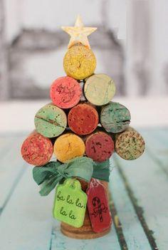 wine cork #upcycling #Christmas tree - 20 brilliant decoration ideas