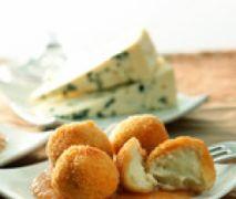 Croquetas de queso cabrales con salsa de membrillo Thermomix