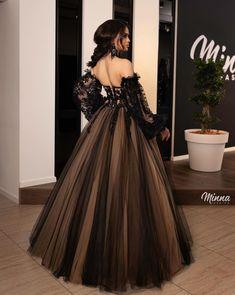 Ball Gowns Evening, Black Evening Dresses, Ball Gowns Prom, Ball Gown Dresses, Long Dresses, Casual Dresses, Summer Dresses, Black Wedding Gowns, Wedding Bride