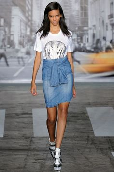 Trend Report: All Denim - http://www.fashionscene.nl/p/146060/trend_report:_all_denim