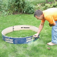 How to Build a DIY Fire Pit — The Family Handyman Fire Pit Base, Easy Fire Pit, How To Build A Fire Pit, Fire Pit Ring, Fire Fire, Concrete Footings, Concrete Fire Pits, Garden Fire Pit, Fire Pit Backyard