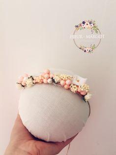 Tieback bébé fleur arum pastel fruitée nature ,photoprop : Mode Bébé par fleur-margot-accessoires