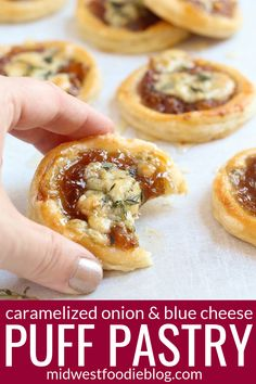 Caramelized onions combine with tangy blue cheese and sweet fig jam to deliver a palate pleasing flavor! Puff Pastry Appetizers, Puff Pastry Recipes, Cheese Appetizers, Appetizer Recipes, Puff Pastry Pizza, Puff Pastries, Vegetarian Appetizers, Appetizer Ideas, Caramelised Onion Tart