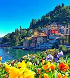 Lake Como (Italy) via @kardinalmelon
