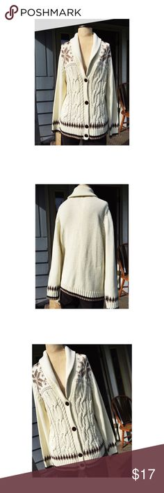 Lands End Sweater Lands End Sweater 38 inch breast 27 inches long 26 inch sleeve Lands' End Sweaters Cardigans