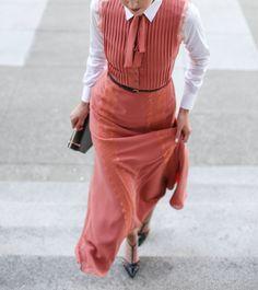 coralienne ミ coral maxi dress robe memorandum // by chloédigital Nyc Fashion, Look Fashion, Womens Fashion, Fashion Trends, Trendy Fashion, Fashion News, Coral Maxi Dresses, Summer Dresses, Looks Jeans