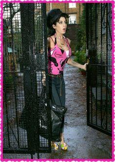 Amy Winehouse  R.I.P Amy Winehouse MISS YOU AMY WINEHOUSE Amy Winehouse. A Brief History of the 27 Club Pictures - Amy Winehouse   Rolling Stone #Winehouse #EnglishFemaleJazz http://www.johanpersyn.com/amy-winehouse-tribute-2016-deserved-to-be-heard/ #inspiredByAmy #music