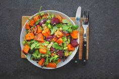 salat med søtpotet, rødbete og quinoa