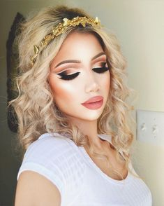 See this Instagram photo by @makeupbyalinna • 24k likes
