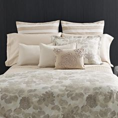 Vera Wang Etched Rose Duvet Cover set with Sham Seperates Ivory Duvet Cover, Rose Duvet Cover, Dream Bedroom, Home Bedroom, Bedroom Decor, Bedroom Ideas, Duvet Sets, Duvet Cover Sets, Floral Bedding
