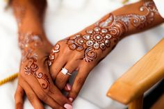 Silver and red henna
