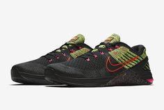 cf367ab8f28e A Punch Of Color On This Nike Metcon DSX Flyknit Fashion Tips