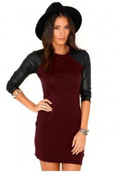 Missguided - Nahia Contrast Sleeve Mini Dress In Burgundy