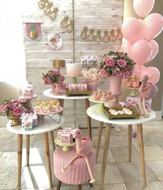 21 Ideas For Baby Shower Party Deko Deco Baby Shower, Girl Shower, Shower Party, Baby Shower Parties, Baby Shower Themes, Bridal Shower, Baby Showers, Decoration Buffet, Deco Buffet