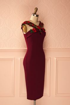 Karen - Deep red fitted party dress with roses