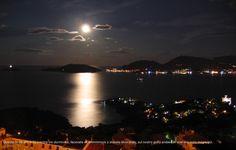 Luna piena sul golfo