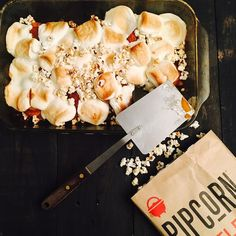 Vegan, gluten free, kettle corn + marshmallow topped candied yams! (breath, pick up jaw from floor and click to get recipe!) #Pipcorn #DeliciousMiniPopcorn #Marshmallow #CandiedYams