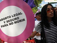 """La OMS advierte a Gallardón: """"Restringir el aborto sólo provoca más mortalidad materna"""". Público.es"""