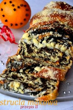 Poppy seed roll with crumb topping - Drożdżowa strucla makowa Polish Desserts, Polish Recipes, Easter Dishes, Cake Recipes, Dessert Recipes, Ukrainian Recipes, Sweets Cake, Homemade Cakes, Cake Cookies