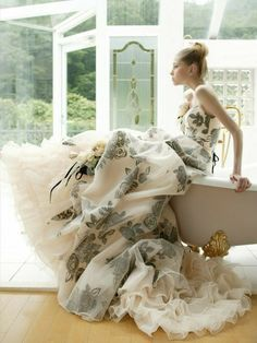Dress Up, Scarf Dress, Glamour, Vestidos Vintage, Bridal Looks, Beautiful Gowns, Beautiful Things, Pretty Dresses, Awesome Dresses