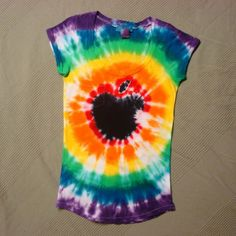Apple Jr Girls Tie Dye Tshirt size M by SelfRescuingPrincess, $14.00