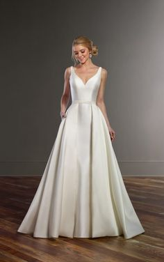 844 Structured Wedding Dress with Double Back Straps by Martina Liana