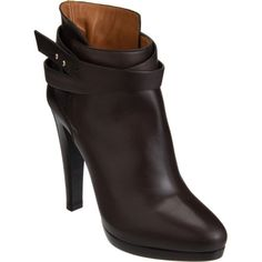 c6bce49994 Shop Women s Giorgio Armani Ankle boots on Lyst. Track over 88 Giorgio  Armani Ankle boots for stock and sale updates.