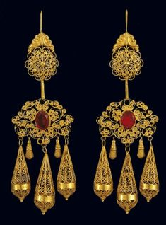 Beaded Jewelry, Jewellery, Mexican Jewelry, Glitz And Glam, Modern Jewelry, Beading Patterns, Filigree, Folk Art, Greek