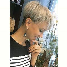 @claeysceline #bobhaircut #undercut #carrè #sidecutstyle #bobhairstyle #rasatura #shorthair #bobhaircuts #sudecuthair #sidecuts #bobhairstyles #rasare #capellicorti #sidecut #corti #tagliare #taglio #sidecute #bob #buzzed #buzz #shorthairdontcare
