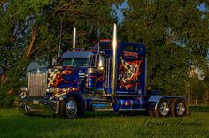 CUSTOM 18 WHEELER