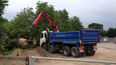 A professional company having years of experience can remove the waste from your garden. They can help to simplify the process of collecting waste material and disposing of the wide-ranging yard junk. The experienced service providers are available to dispose of any sort of junk and waste.