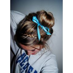 This braid idea would be cute to do with a sock bun. Gonna have to try this - Here we go Chloe!