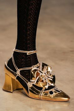 Meadham Kirchhoff Fall 2013 RTW - Details - Fashion Week - Runway, Fashion Shows and Collections - Vogue