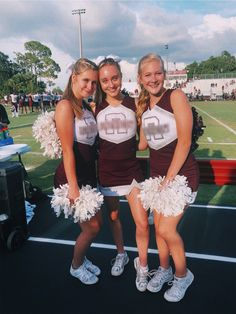 Posts by admin. Cheer Picture Poses, Cheer Poses, Cheer Outfits, Cheerleading Outfits, Cheerleading Stunting, Cheer Stunts, Cheer Dance, Vsco, Bffs