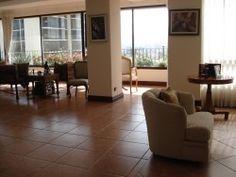 En venta! Apartamento de lujo en Escazú. 345 mts2: 4 habitaciones y 4.5 baños  Alquiler: $4,500         Venta: $860,000