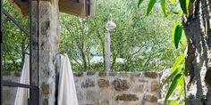 Bygga utekök själv | Byggahus.se Hygge, Beautiful Homes, House Beautiful, Room Decor, Backyard, Nature, Outdoor Showers, Plants, Inspiration