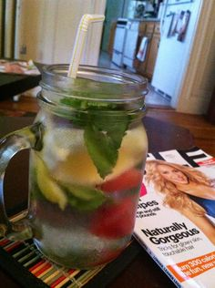 Detox water with watermelon lemon & mint & self magazine. After a weekend of drinking it helps to detox and set some weekly goals! Easy Detox Cleanse, Detox Tips, Healthy Detox, Detox Recipes, Healthy Drinks, Detox Foods, Juicer Recipes, Diet Drinks, Stay Healthy