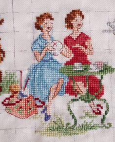 Cute Cross Stitch, Cross Stitch Flowers, Cross Stitch Designs, Cross Stitch Patterns, Embroidery Flowers Pattern, Hand Embroidery Designs, Cross Stitching, Cross Stitch Embroidery, Crochet Slipper Pattern