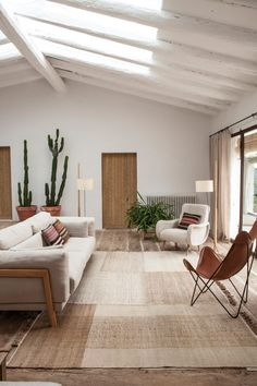 Find out why modern living room design is the way to go! A living room design to make any living room decor ideas be the brightest of them all. Large Living Room Furniture, Living Room Interior, Home Interior Design, Home Furniture, Living Room Decor, Interior Styling, Simple Furniture, Cheap Furniture, Furniture Ideas