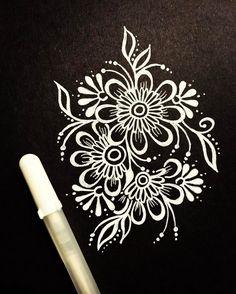 430 отметок «Нравится», 6 комментариев — Kristen Jones (@kjonesdesigns) в Instagram: «✼✼✼» Mandala Drawing, Mandala Art, Henna Designs On Paper, Black Paper Drawing, Pewter Art, Chalkboard Drawings, Beautiful Sketches, Beautiful Rangoli Designs, White Gel Pen