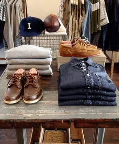 Denim Visual Merchandising #11_Independence Chicago