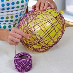 How to make easter egg basket. Could make these like large eggs and hang from outside trees. Spring Crafts, Holiday Crafts, Holiday Fun, Easter Projects, Easter Crafts, Easter Ideas, Diy And Crafts, Crafts For Kids, Making Easter Eggs