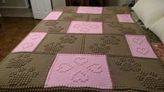 Sewing Blankets Ravelry: Paw Prints on my Heart pattern by Glee Brown Workman - One piece, no sewing. Crochet Bobble Blanket, Bobble Stitch Crochet, Baby Boy Crochet Blanket, Crochet Quilt, Bead Crochet, Crochet Crafts, Crochet Stitches, Crochet Blankets, Crochet Afghans
