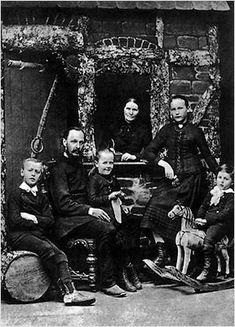 Familie Hesse, Hermann: 1. von li.