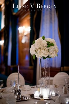 White Winter Wedding Flowers - amazing flowers on a budget for a lush winter wedding!